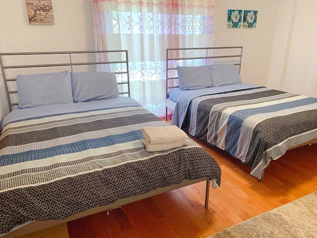 Cozy Nice Clean Spacious Room Two Queen Beds