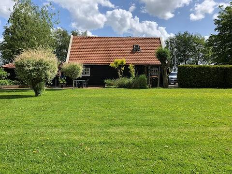 Holiday home De Wieden-Weerribben, on the water.