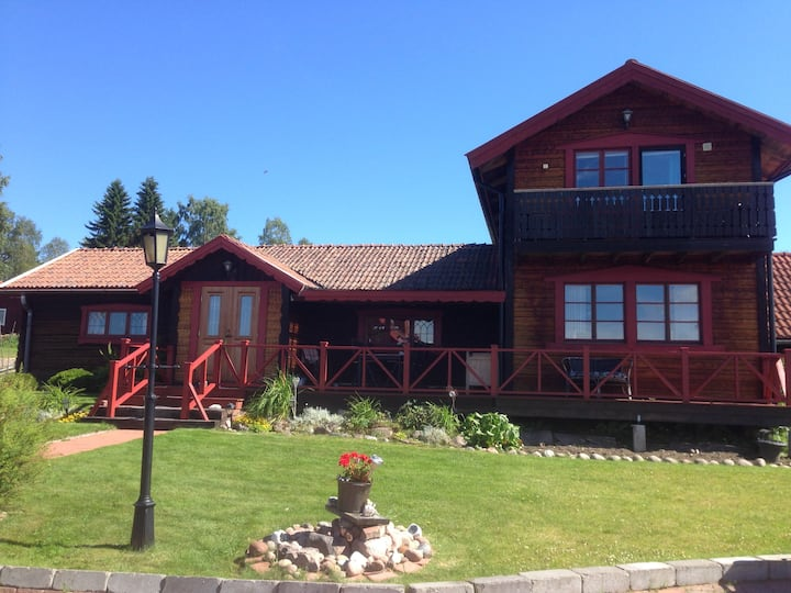 Swedish house by Lake Siljan Mora