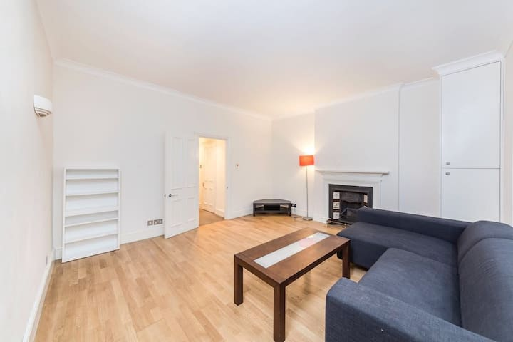 Hyde Park Double Room With Private Patio