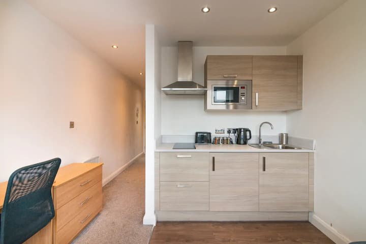 Stunning 1-Bed Apartment in Manchester City Centre