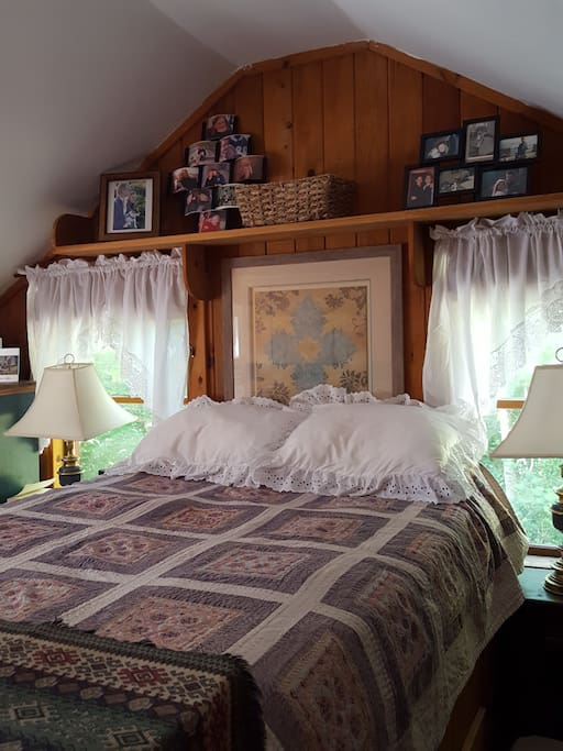 Master queen bedroom on 2nd floor with heat and air conditioning.