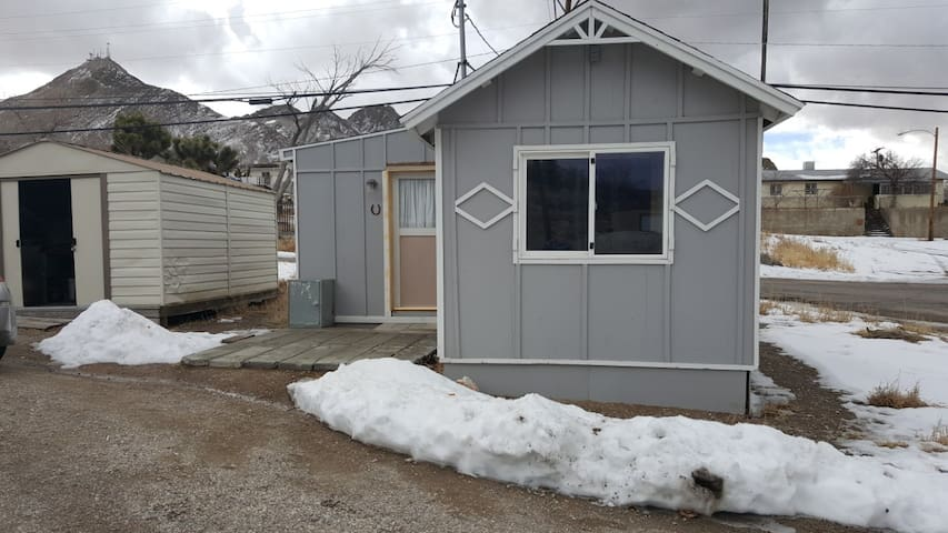 Tiny House Living - Tonopah - Pension