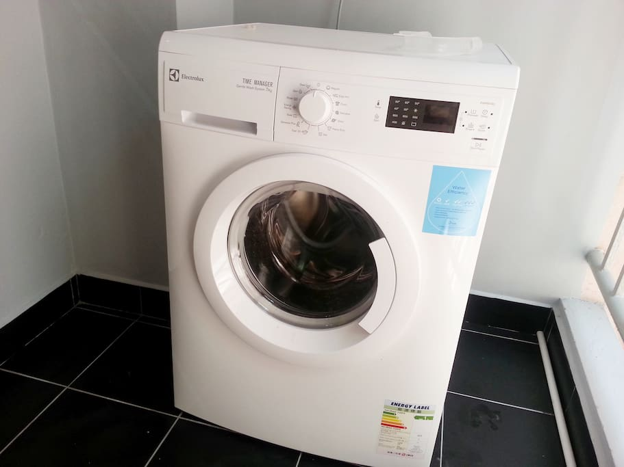 Laundry with dryer
