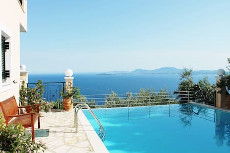 Stylish villa on a hill, with stunning sea views - Kerkira