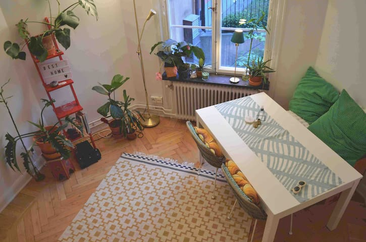 Cozy studio flat in perfect location <3