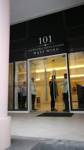 101 Newport West Wing