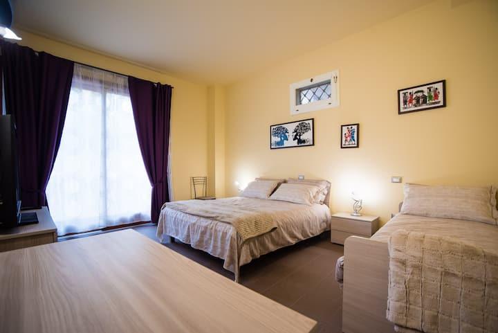 "Bed&Breakfast Villa-Alta: camera ""RIVAZZA"""