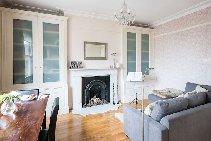 Charming 1BR Near Beautiful Hampstead Heath