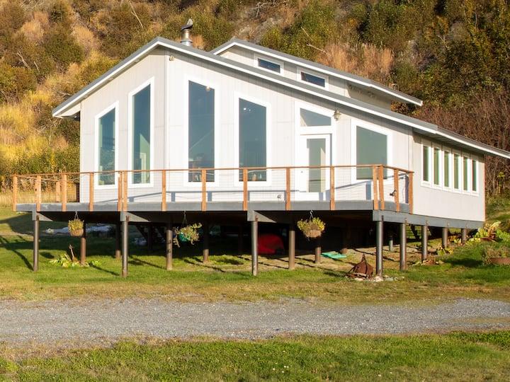 """Wild Coast Alaska - """"The Beach House"""""""