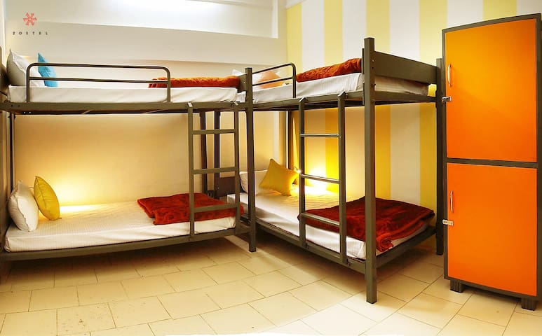 A Bed in 4 Bed Mixed Dorm in Pushkar