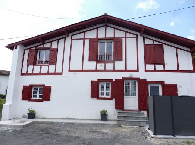 Appartement T3, Bas-Cambo