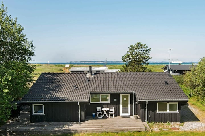 Lovely Cottage in Ebeltoft with Sauna
