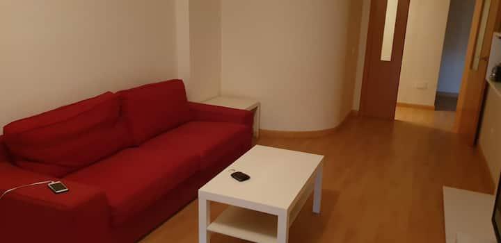 Habitación en piso compartido. Cerca de la ucam
