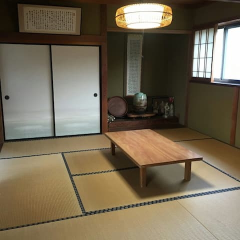 Japanese Tatami Room, close to the sea