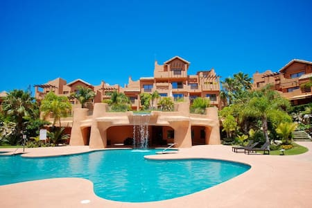 2 Bed 2 Bath Apartment Marbella Golden Mile