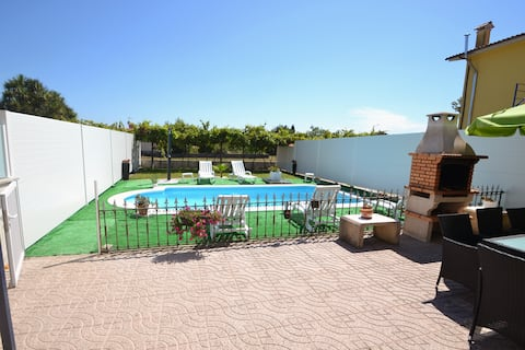 House with pool and games room