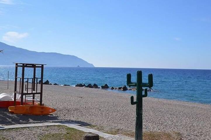 Casa vacanza indipendente a 30 mt dal mare