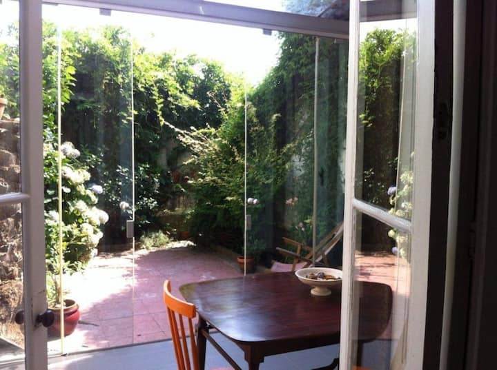 Wonderful house vintage with garden