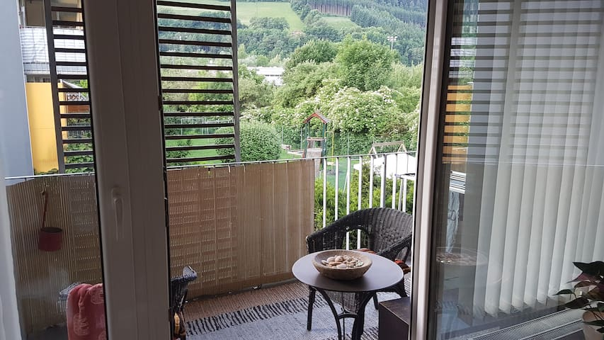 Modern Appartment for 4 Person with balcony! - Hall in Tirol