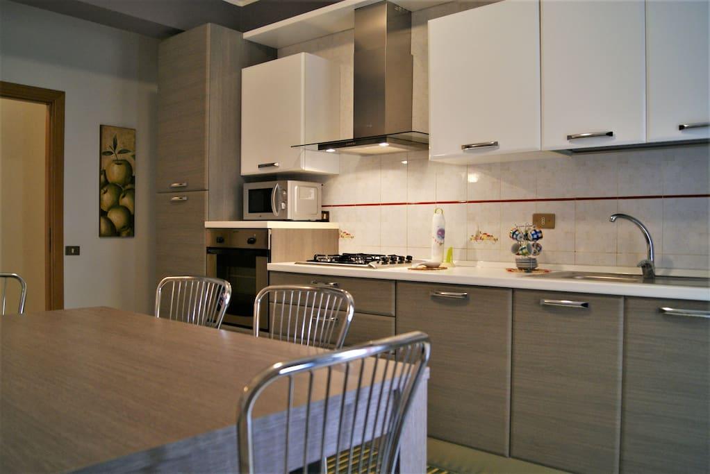 Mastro toto 39 apartment self catering in bolognetta for Mastro arredamenti palermo