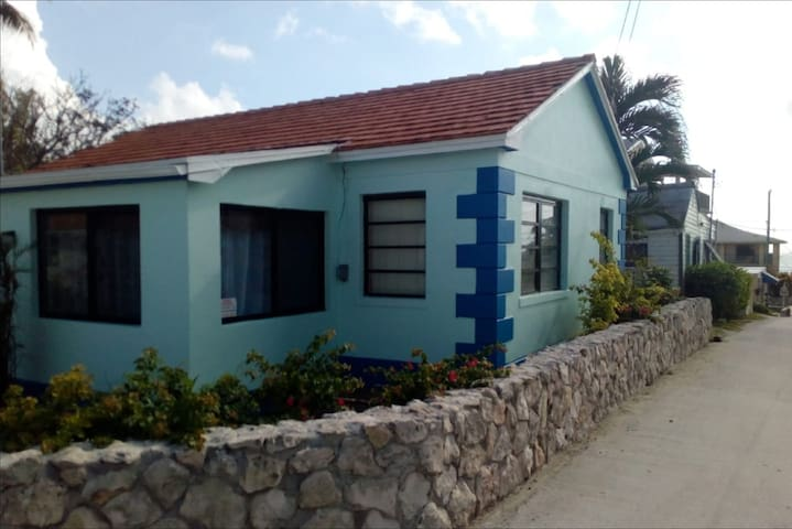 """This beautiful cottage is ready for you!  The location is far from the resort so you feel that you are in """"The Real Bimini"""" .  Golf cart is available if you want to tour or visit the casino."""