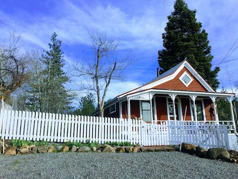 Come Stay and Play in Historic Downtown Truckee!