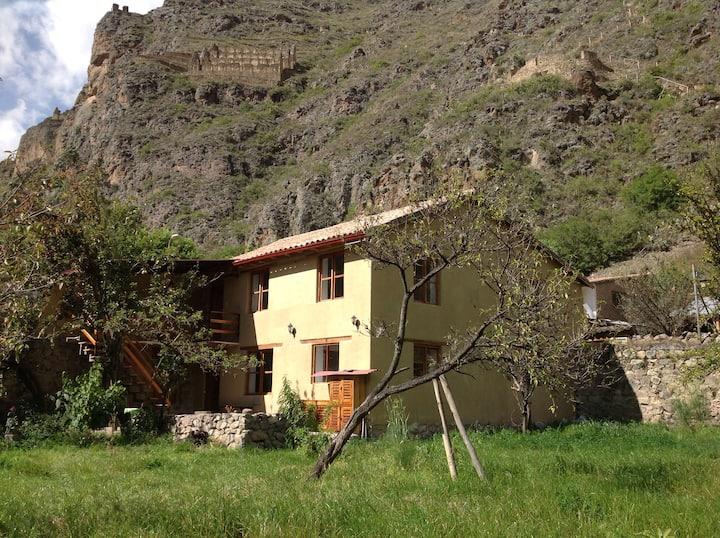 Casa Pueblo / Habitación K'antu.