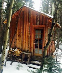 Rustic Cabin Camping - 네덜란드(Nederland) - 통나무집
