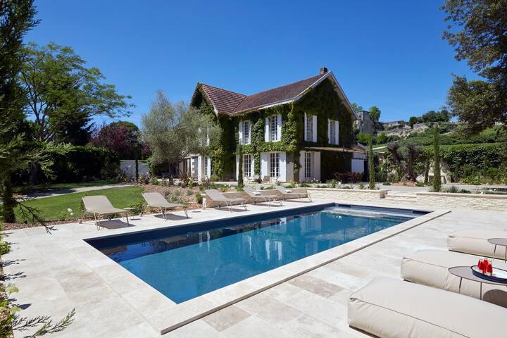 Luxury Villa with pool in Saint-Emilion village