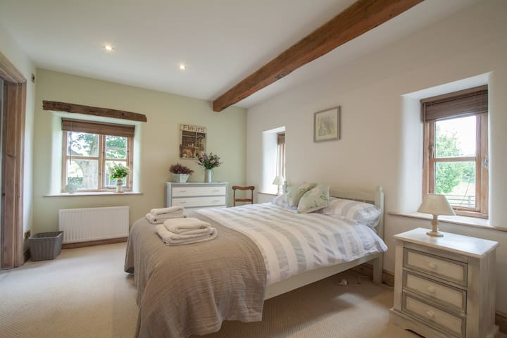 En Suite French Double in Luxury Farmhouse B&B