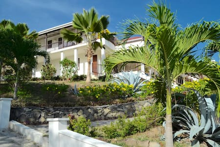 Tranquility beachside apartment,  sleeps 2