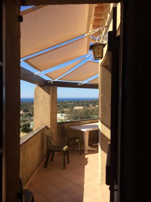 Vue fenêtre chambre principale