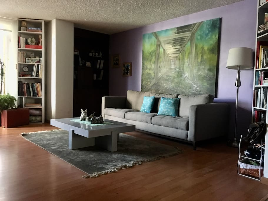 This is the living room where you can enjoy reading, or resting from a long walk in the city...;)