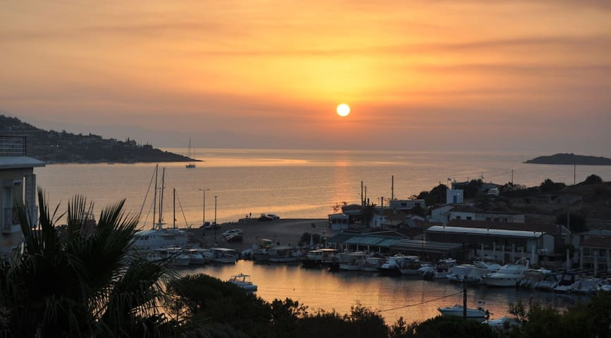 Release and Relax Bungalow - Porto Rafti - Huis