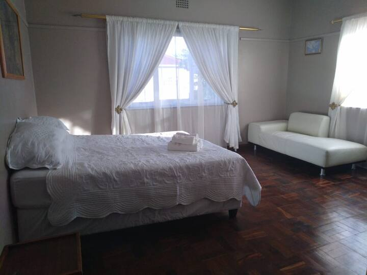 Kharis Bed and Breakfast