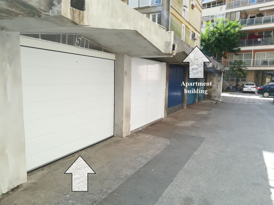 Prebook garage next to the apartment