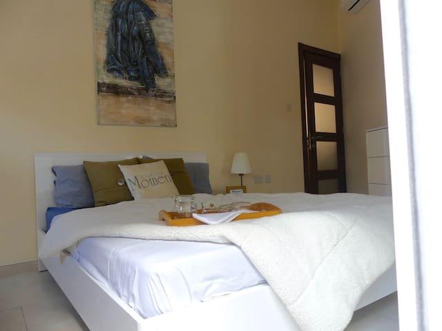 New house, privat room w. own bath/balc. A/C, Wifi