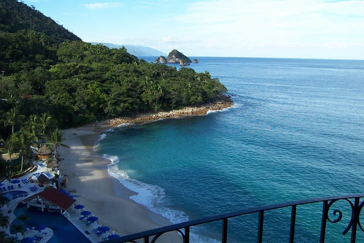 804 Beautiful OceanFront Condo Amazing Views
