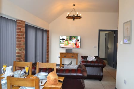 Barn Owl Cottage Rural Retreat Exclusive To Adults