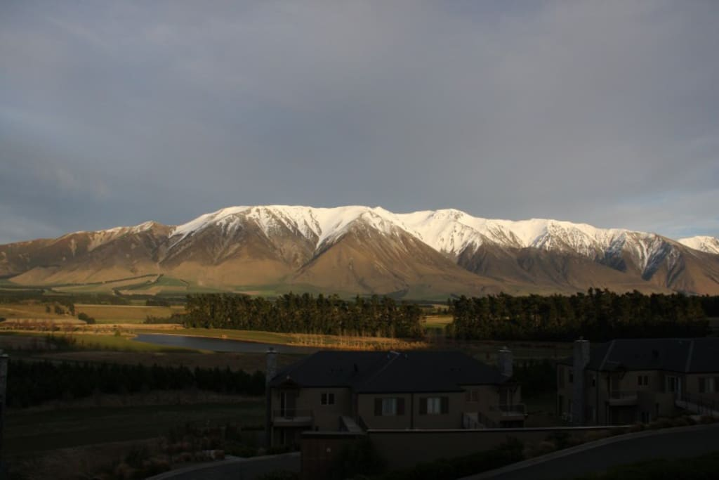 Sunrise on Mount Hutt from balcony