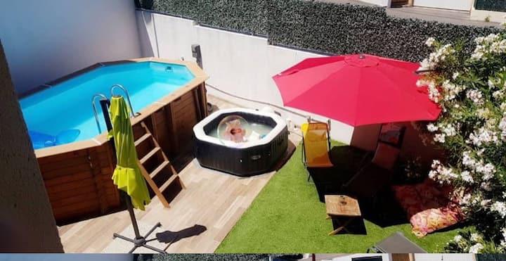 Maison de ville avec piscine et jaccuzzi