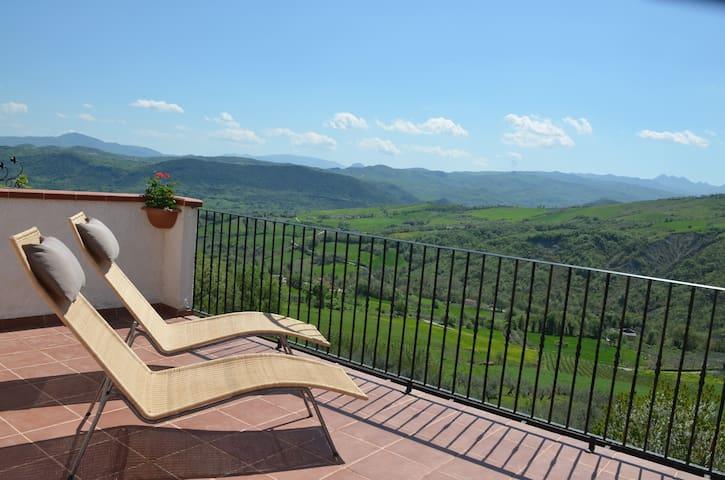 Casa Della Zia - Limiti