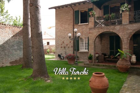 Villa Turchi, for your special holiday in Italy - Villa