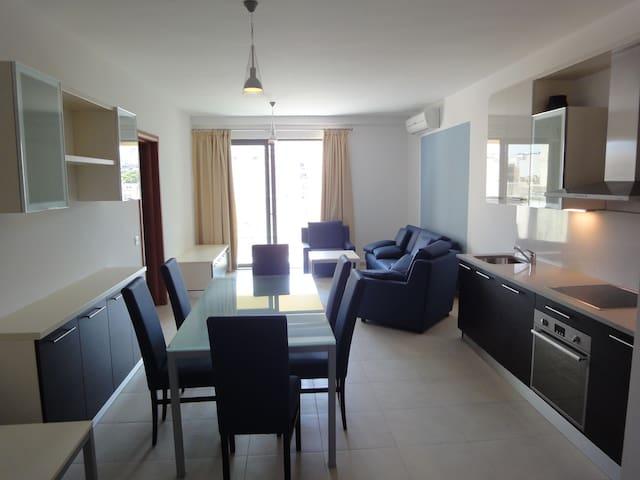 2 Bedroom Apartment, St. Julians - San Ġiljan - Daire