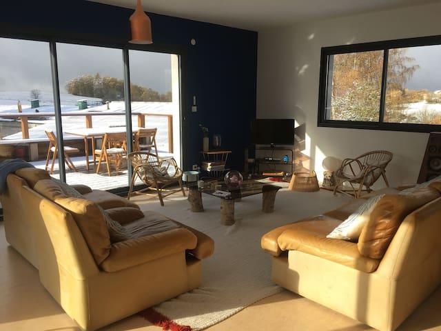 maison moderne en Margeride