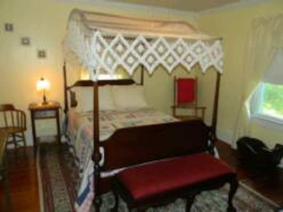 The Chesapeake Suite at the Chandler House Bed and Breakfast