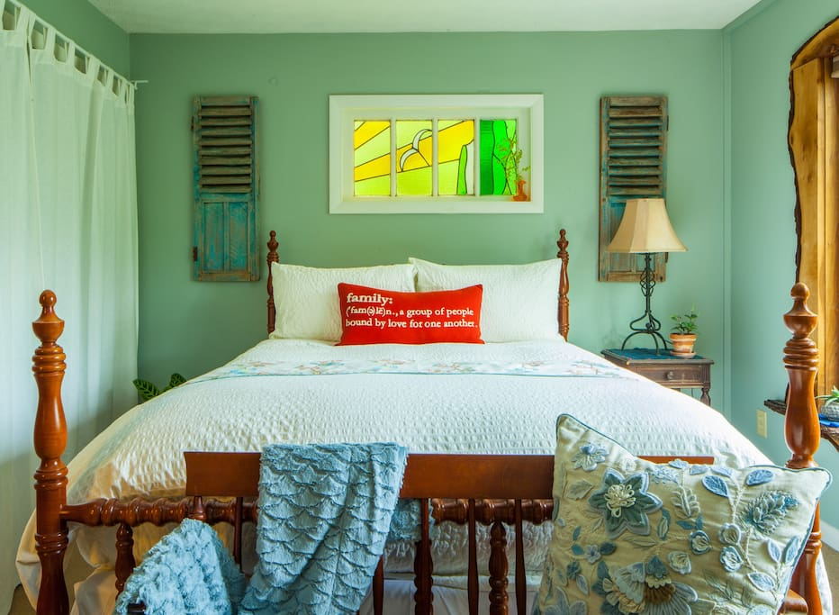 The dream room is fit for a queen or king...  Soft down blankets and clean sheets will have you dreaming in no time.  Let the sun sooth your tired lives as you gaze out the picture window overlooking the pond.  Pulldown light filtering shades are installed to give you privacy when needed.