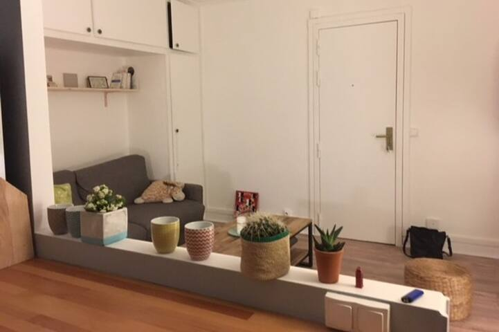 Cosy and charming studio at the heart of Paris