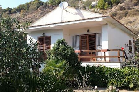 Casa vacanze Plumbago - Eraclea Minoa - Villa